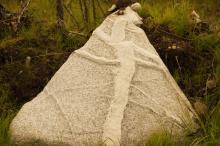 Risti kivessä